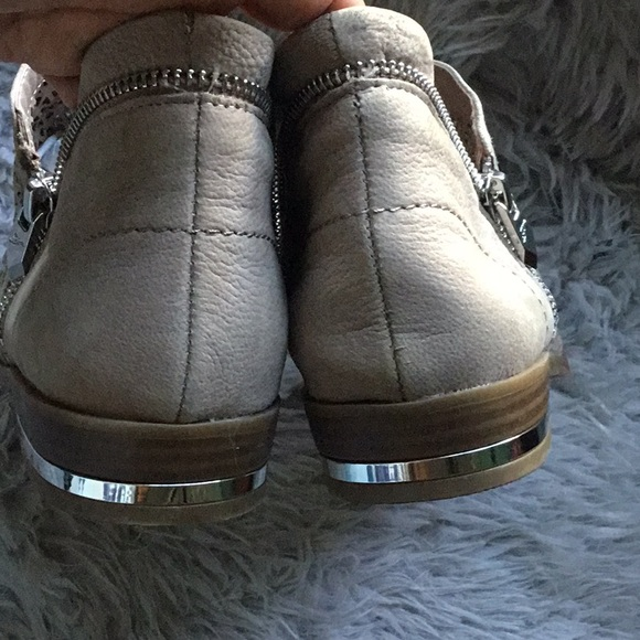 Fergie later cut booties